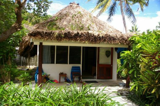 Castaway Island Fiji : Our bure