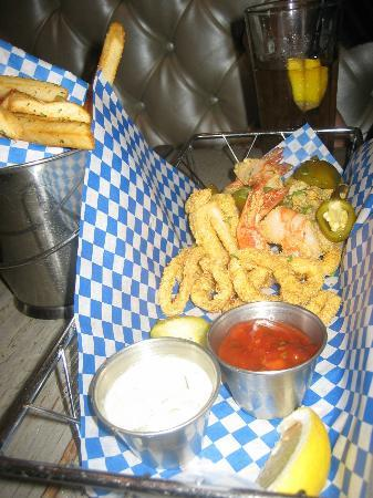 Blue Plate Oysterette : Seafood Frites