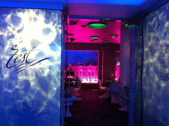 San Juan Water Beach Club Hotel Zest Restaurant Entrance