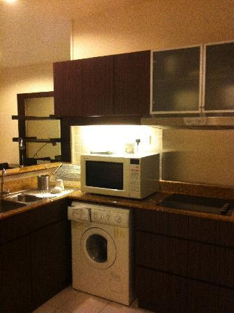 Seri Bukit Ceylon Residences: Kitchen