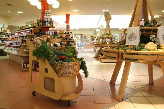 Ludlow Food Centre food hall