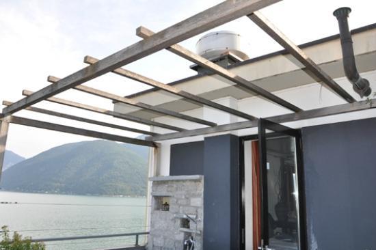 Dellago : Dachterrasse mit Küchengeruchsabzug