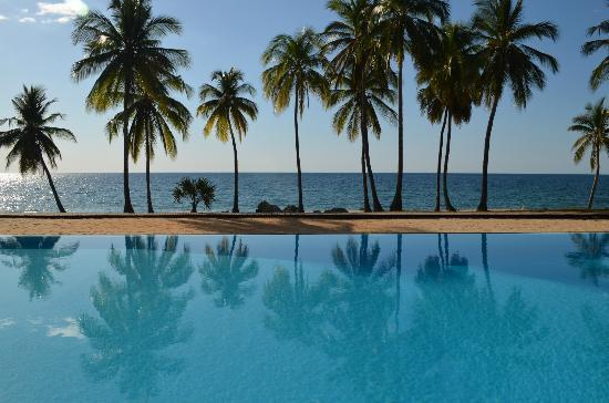 Anjajavy L'Hotel: Pool with a view