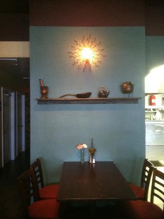 Baladi Mediterranean Cafe: Entrance