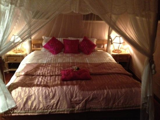 River'esque: Main Bedroom