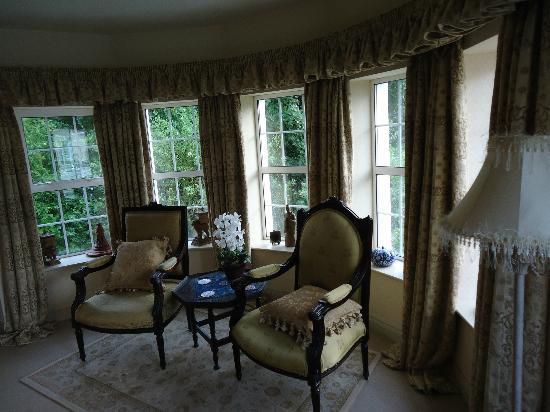 Whitepark House: Part of the large and comfortable room