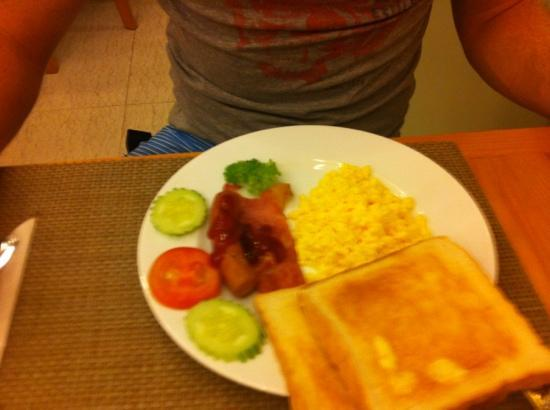 Tan Hoang Long Hotel: breakfast