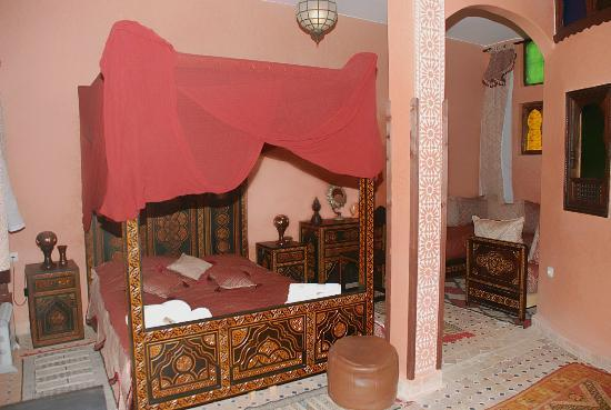 Riad Lahboul: Chleuhowi family room