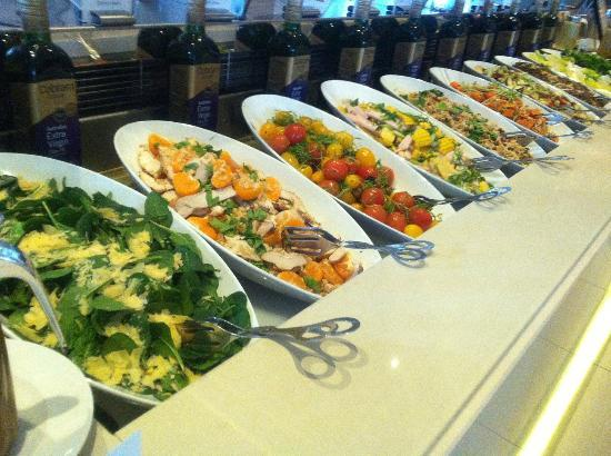 Surfers Paradise Marriott Resort & Spa: Lunch - salad selection