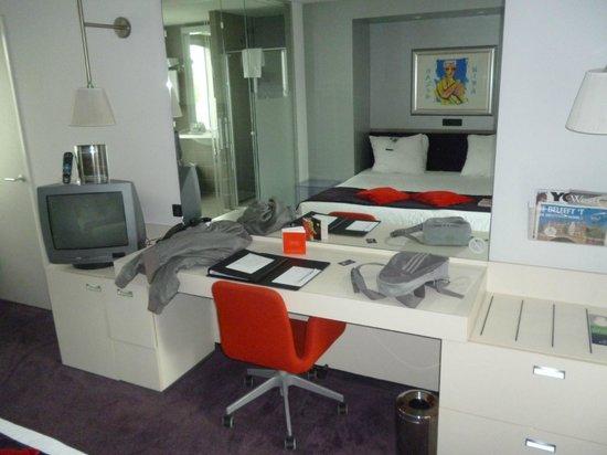 WestCord Art Hotel Amsterdam: escritorio 