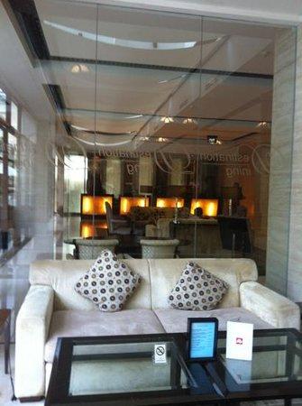 Aryaduta Medan: Sky Lobby, 9th floor