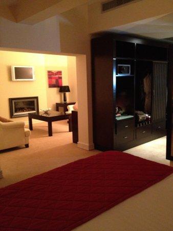 The Horse & Jockey Hotel : Bedroom 302