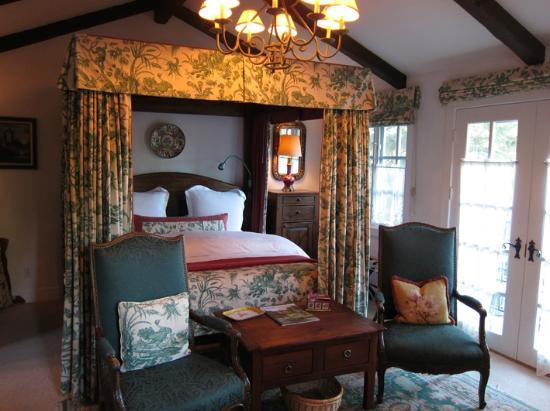 Chateau du Sureau: The Mint Room