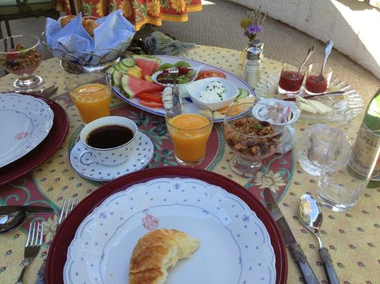 Chateau du Sureau: Breakfast
