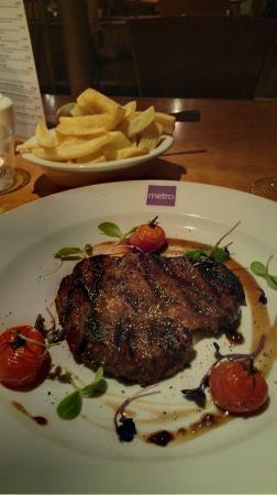 Metro Kitchen: My steak ... perfect - Char Grilled 8oz Irish Rib-Eye Steak