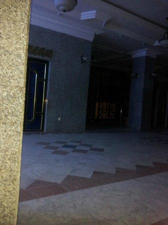 Hotel Grand Adghir: HALL DE L'HOTEL