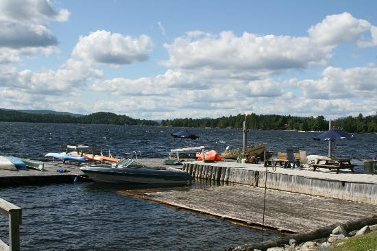 Bald Mountain Camps Resort: Dock & Swimming area