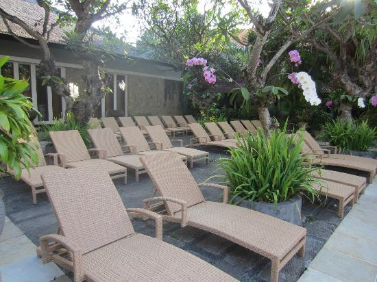 Ramayana Resort & Spa: Sun deck area