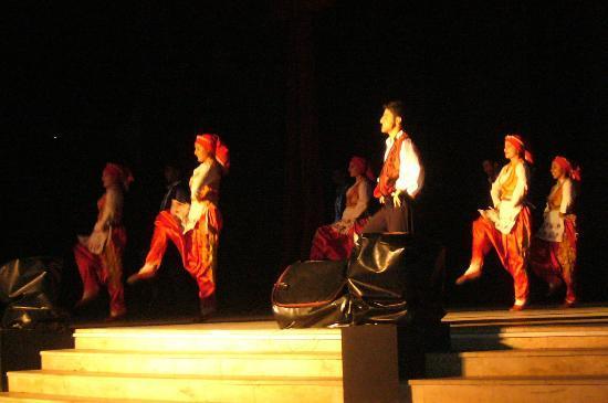 Club Marmara Kimeros Hotel: Spectacle folklorique TURC