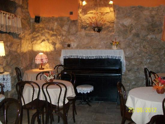 Eden Hotel : dining area