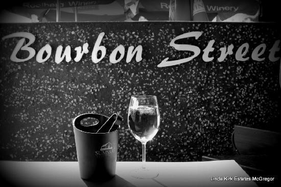 Bourbon Street: outside dining