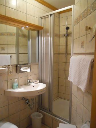 Hotel-Restaurant Gasthaus zum Sternen: Bathroom