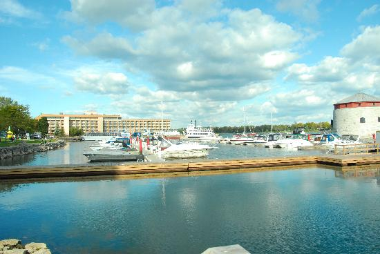 Kingston, Canada: Nice day on the waterfront