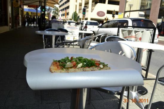 Crowne Plaza Perth: ottima pizza da stuzzico
