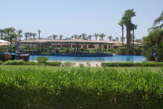 Maritim Jolie Ville Golf & Resort: Royal wing Pool