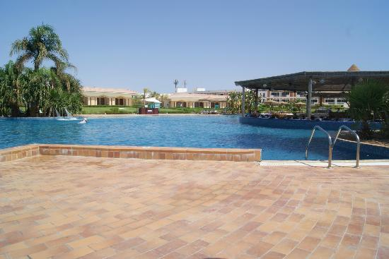 Maritim Jolie Ville Golf & Resort: Royal Wing Pool again