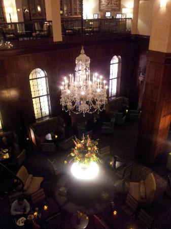 The Heathman Hotel: A view looking down from the mezzanine