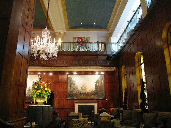 The Heathman Hotel: A view of the lobby area