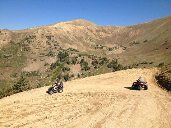 ATV Experience: Jones Trail: Descending West Side