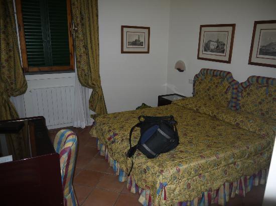 Hotel Italia: Bed