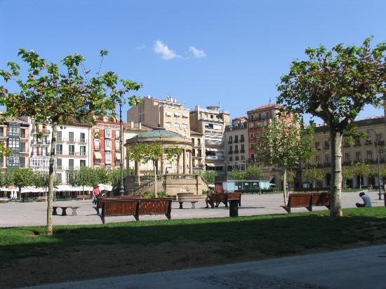 La Tagliatella: Plaza view from our table