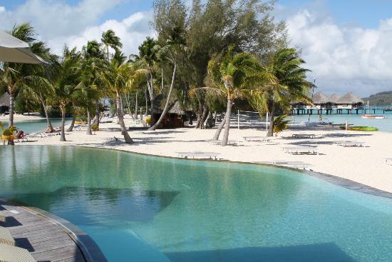 Le Meridien Bora Bora: Lagoon