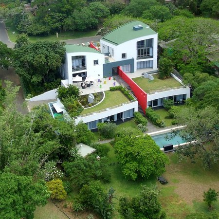 Serene-estate Boutique Guesthouse: aerial view park side