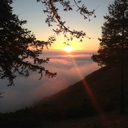 Post Ranch Inn: Sunset on the Big Sur