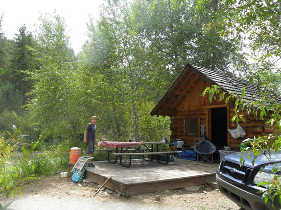 Dolores, CO: River cabin