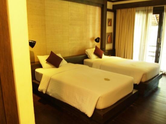 โรงแรมโพธิ ศิรีนทร์: Habitacion Doble