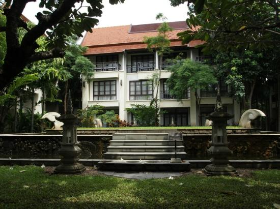 Bodhi Serene Hotel: Jardin