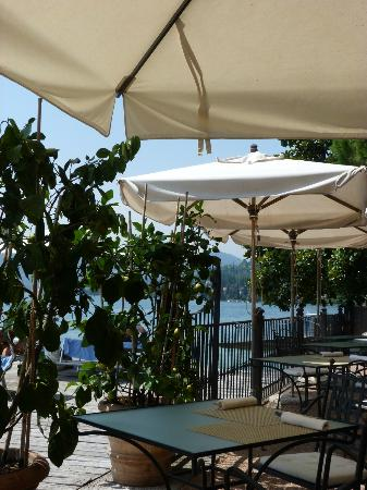 Hotel Spiaggia d'Oro - Charme & Boutique: The best was to eat breakfast!