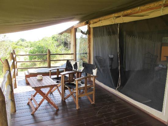 Kilima Camp: porch