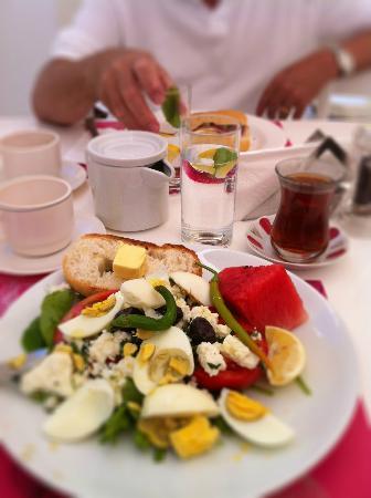 Hillside Beach Club: Pasha frukost - Pasha breakfast