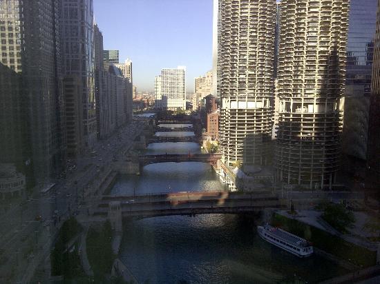 Wyndham Grand Chicago Riverfront: Vista desde la habitación 2301