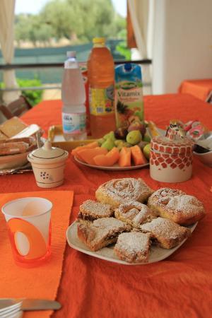 B&B All'Ombra degli Ulivi : la colazione...spettacolare!