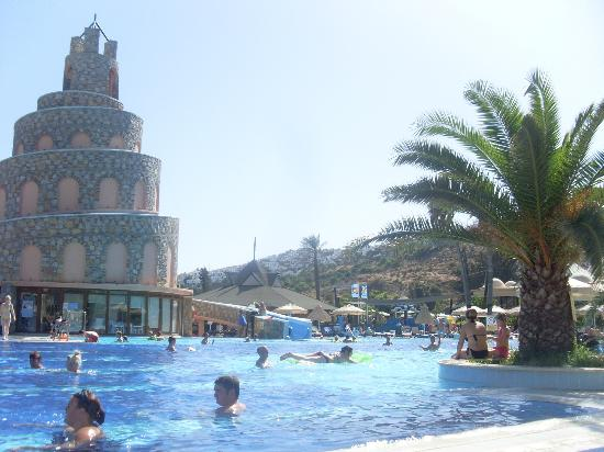 Bodrum Imperial: pool area
