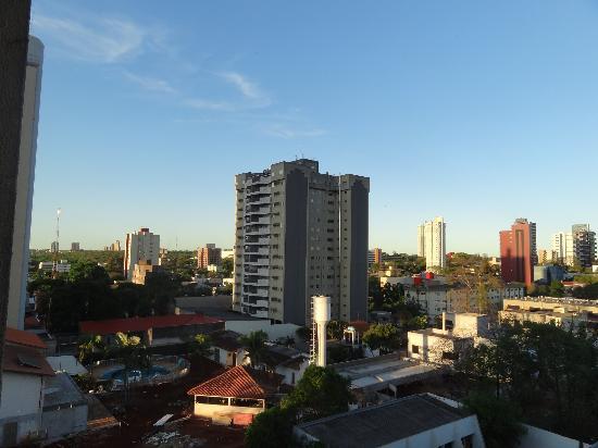 Hotel Rafain Centro: vista desde el 5to piso nuestro balcón