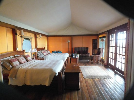 Mara West Camp: Chalet Tent