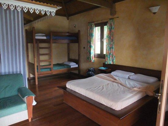 Salazie, Reunion: Chambre du bungalow
